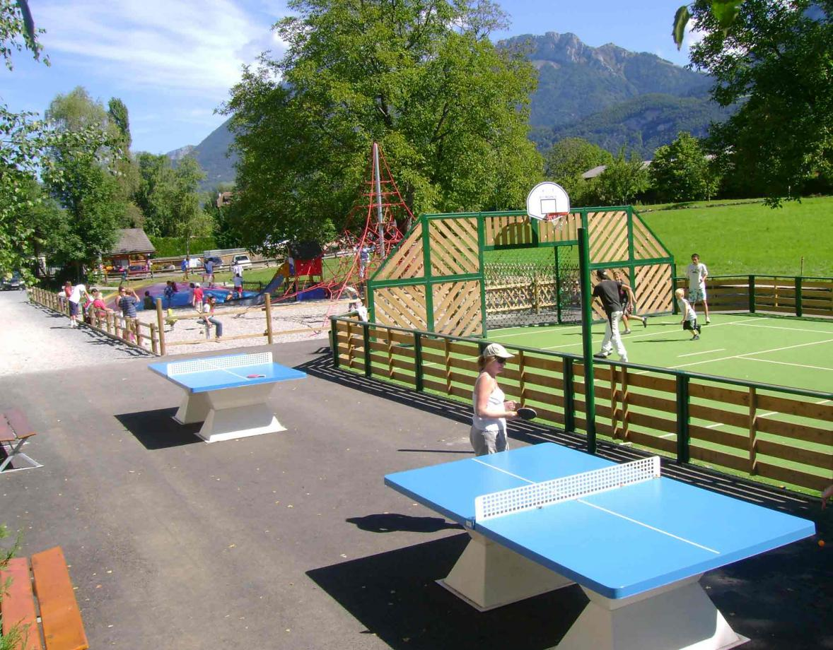 camping les fontaines lac annecy lathuile